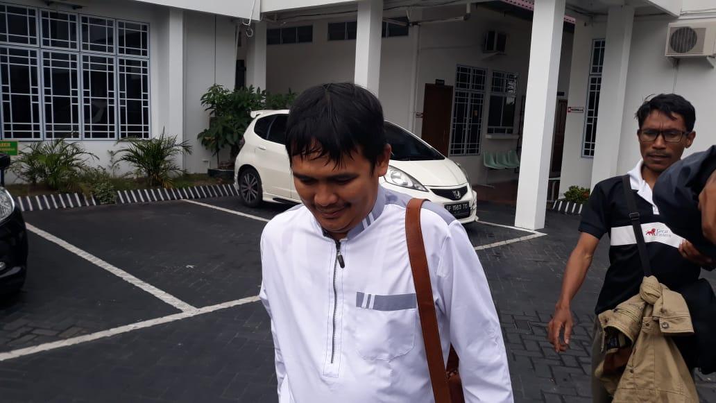 Photo of Dugaan Kasus Penggelapan Dana BPHTB Rp1,2 Miliar, Yudi Memenuhi Panggilan Kejari Tanjungpinang