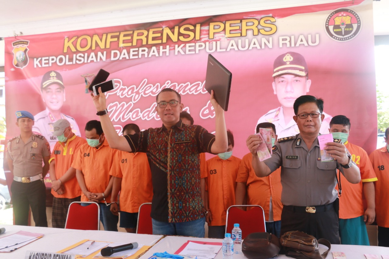Photo of Ditreskrimum Polda Kepri Berhasil Ungkap Perjudian Jenis Si Jie