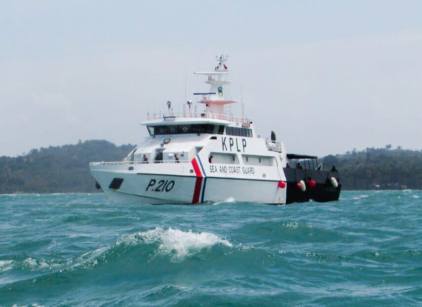 Photo of Kapal Yacht Terbakar dan Tenggelam Di Perairan Berakit, Bintan.
