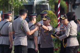 Photo of Kapolda Pimpin Sertijab Irwasda, Pejabat Utama dan Kapolres/ta di Jajaran Polda Kepri